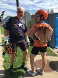 Kelly with Mike, a monarch supporter, along the ride
